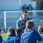 Pedro López reunido con los alumnos.